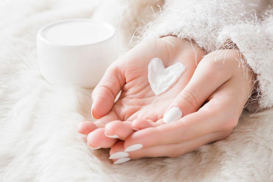 Как ухаживать за руками зимой