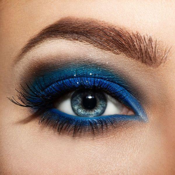 Макияж сине-голубых глаз